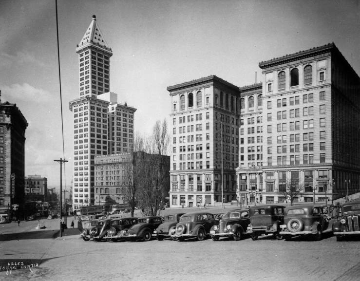 1-city-hall-park-w-smith-tower-a-curtis-1930s-web11