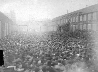 1880 gladstone mixed cloth yard